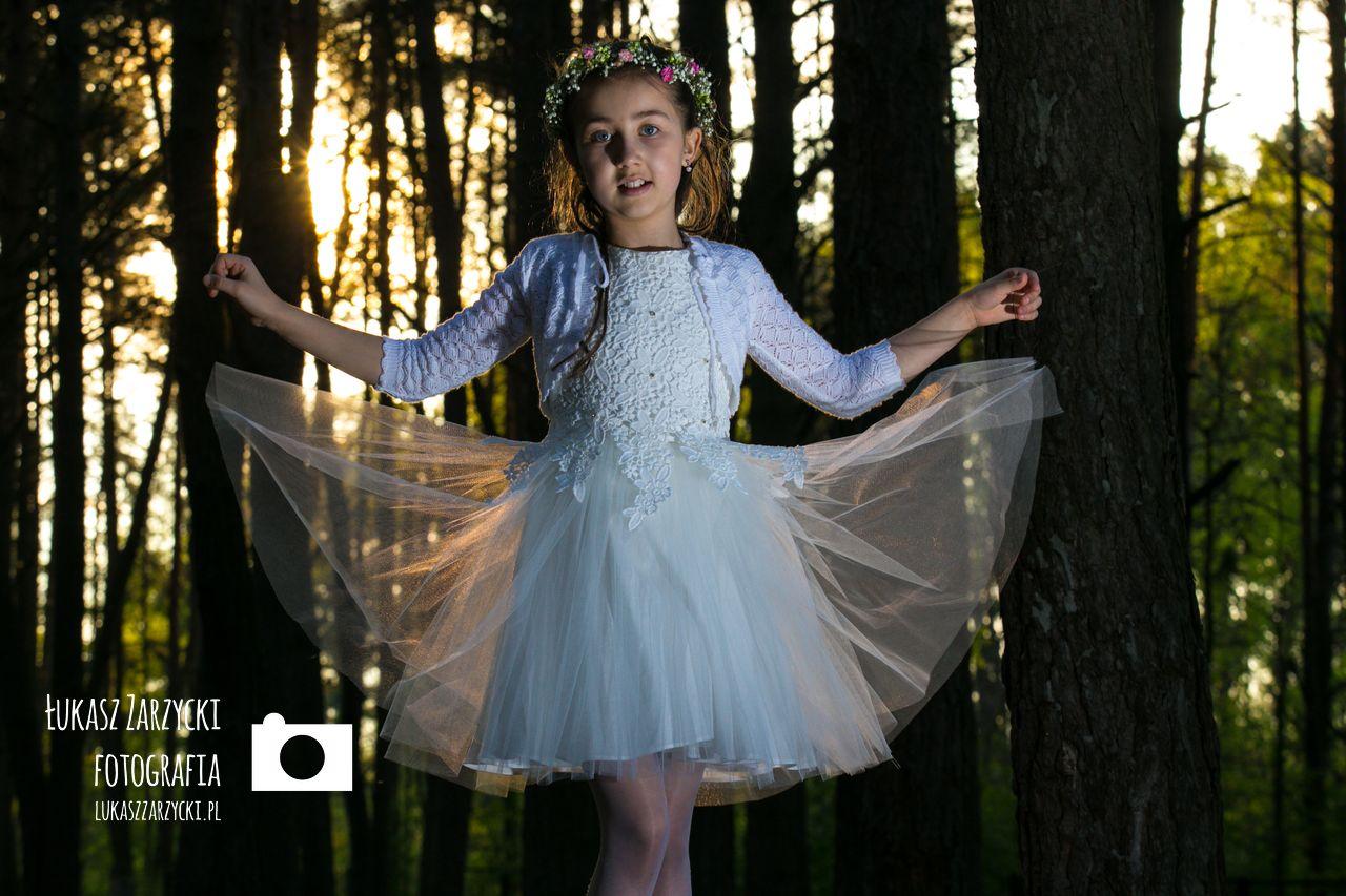 Fotografia komunijna Kielce - sesja komunijna Amelii